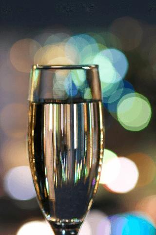 乾杯の挨拶と主賓の祝辞の違い